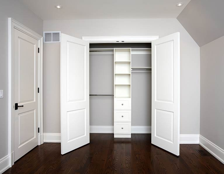 A bedroom door and closet doors representing industrial door adhesives from H.B. Fuller.