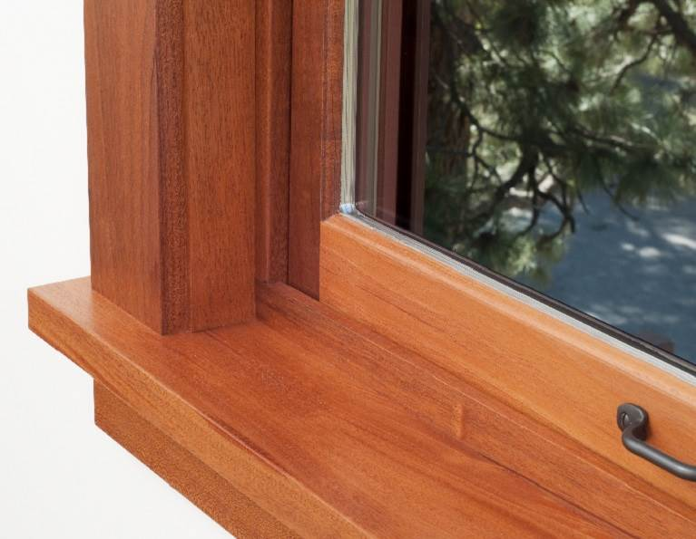 Application photo of a window and window sill.