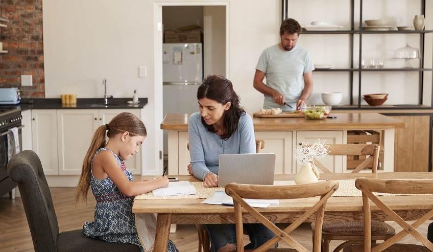Adhesivos para muebles de hogar, oficina y cocina | H.B. Fuller
