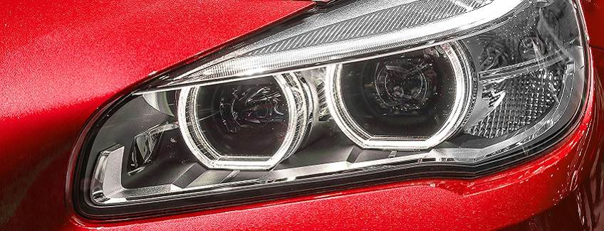 Differential Substrate Structural Bonding Headlight on a car